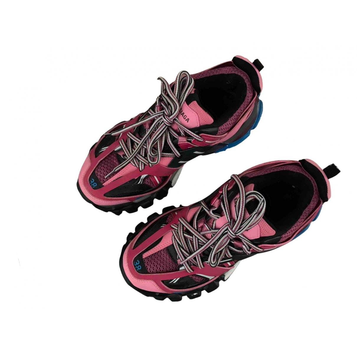 Balenciaga Track Sneakers in  Rosa Leinen