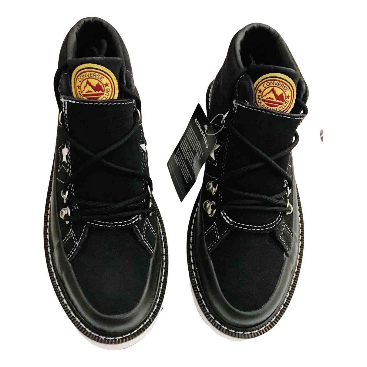 Converse \N Sneakers in  Schwarz Veloursleder