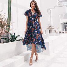 vestido ribete fruncido con cordon delantero bajo asimetrico floral