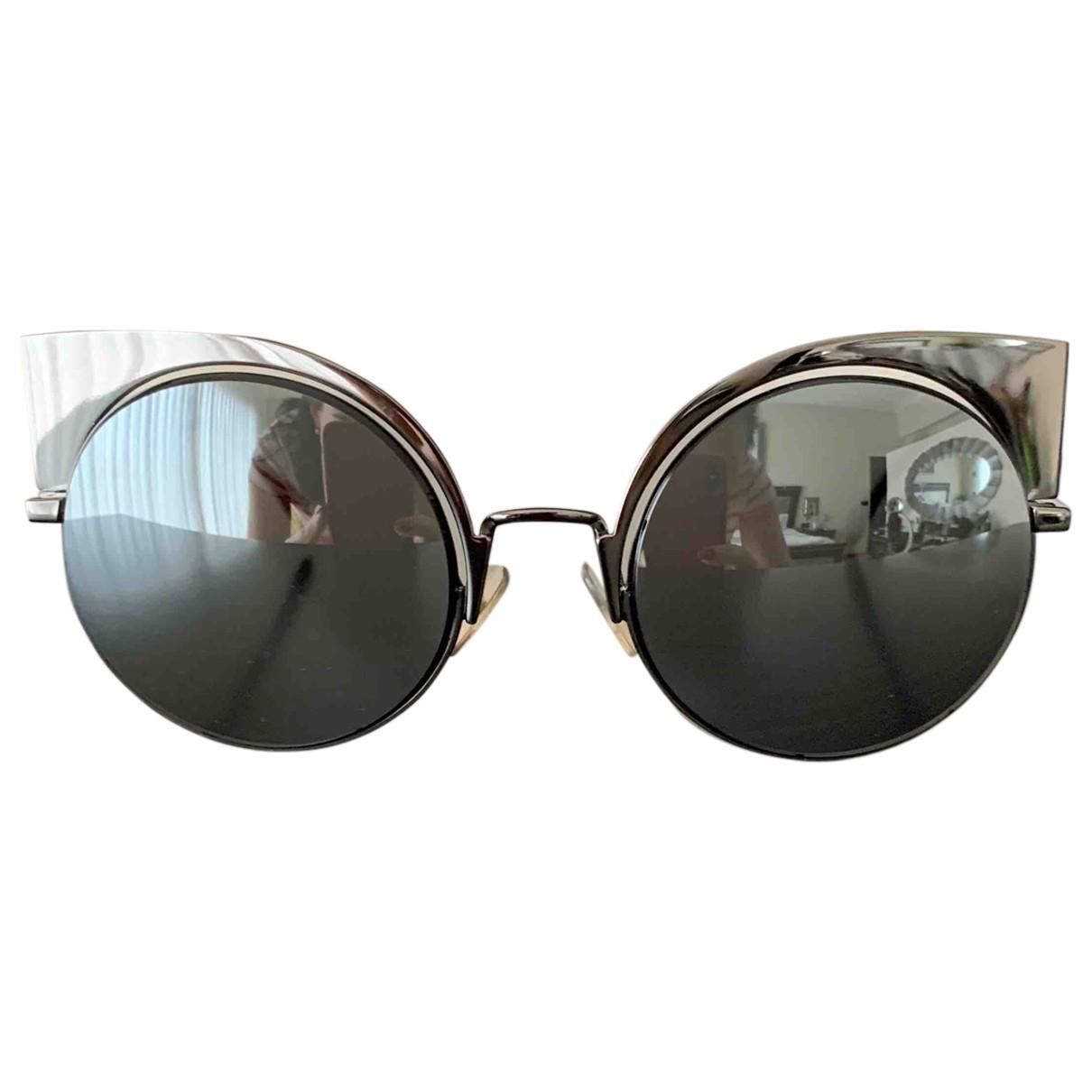 Fendi \N Sonnenbrillen in  Silber Metall