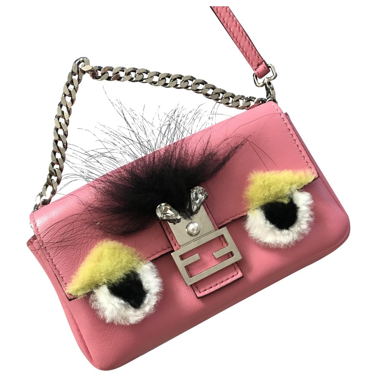 Fendi Baguette Handtasche in  Rosa Leder