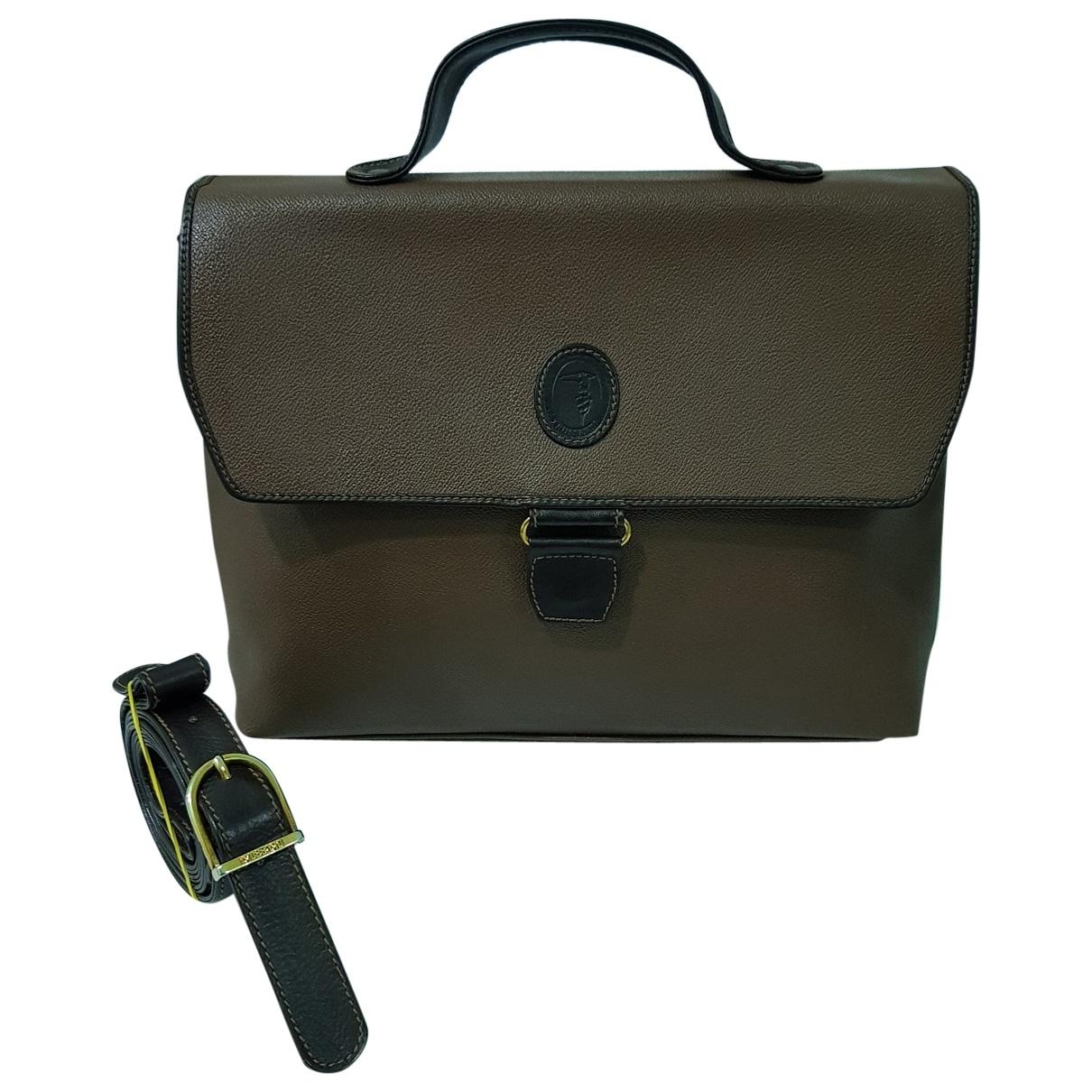 Trussardi \N Handtasche in  Braun Leder