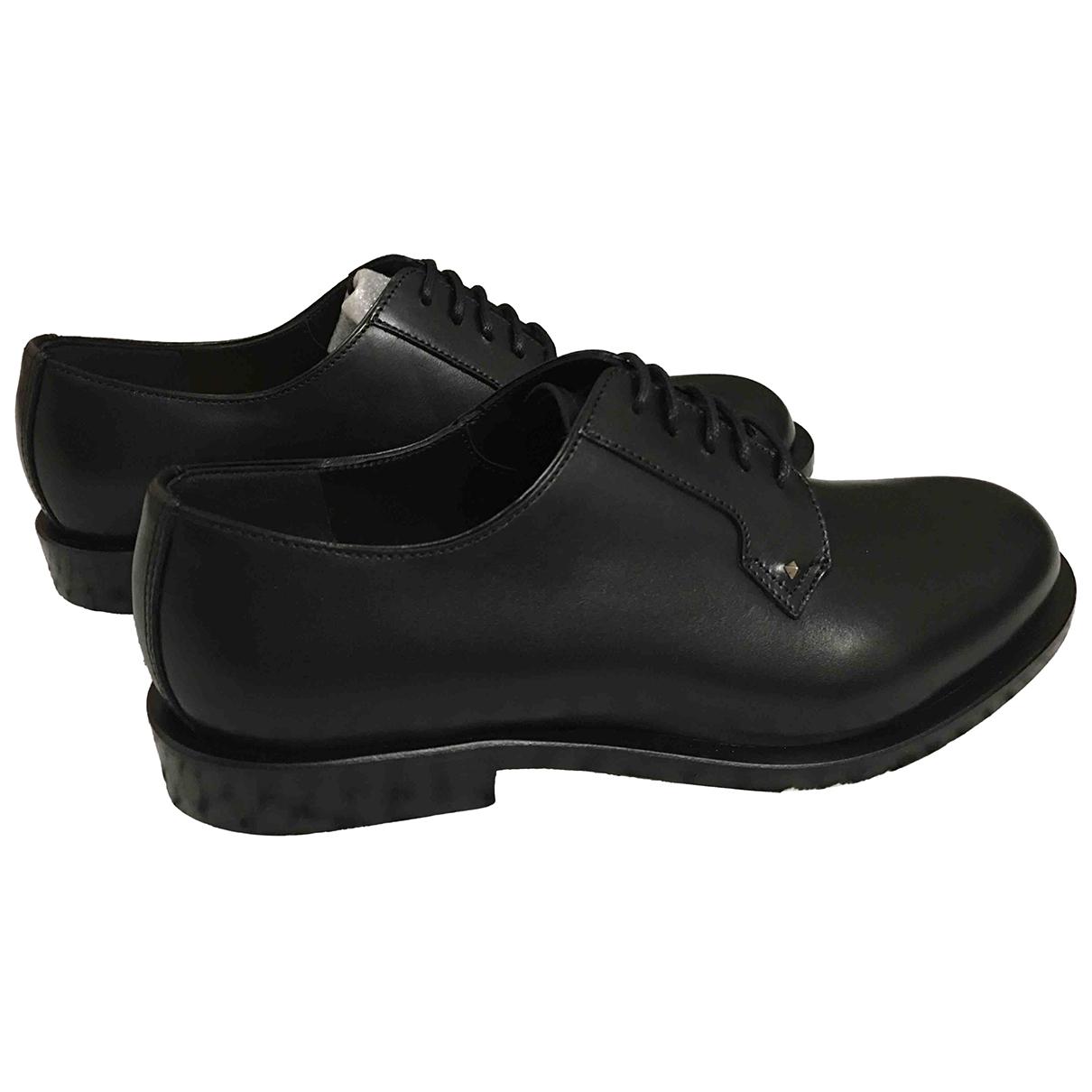 Valentino Garavani - Derbies   pour femme en cuir - noir