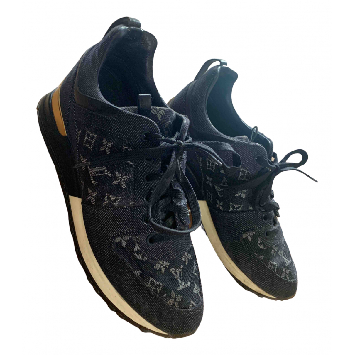 Louis Vuitton Run Away Sneakers in  Marine Leinen
