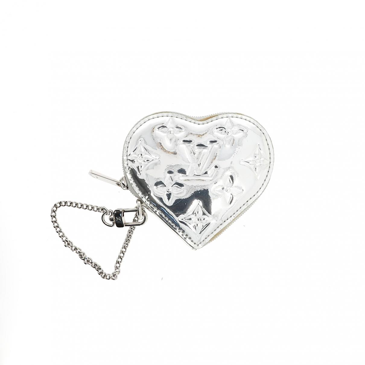 Louis Vuitton \N Silver Cloth wallet for Women \N