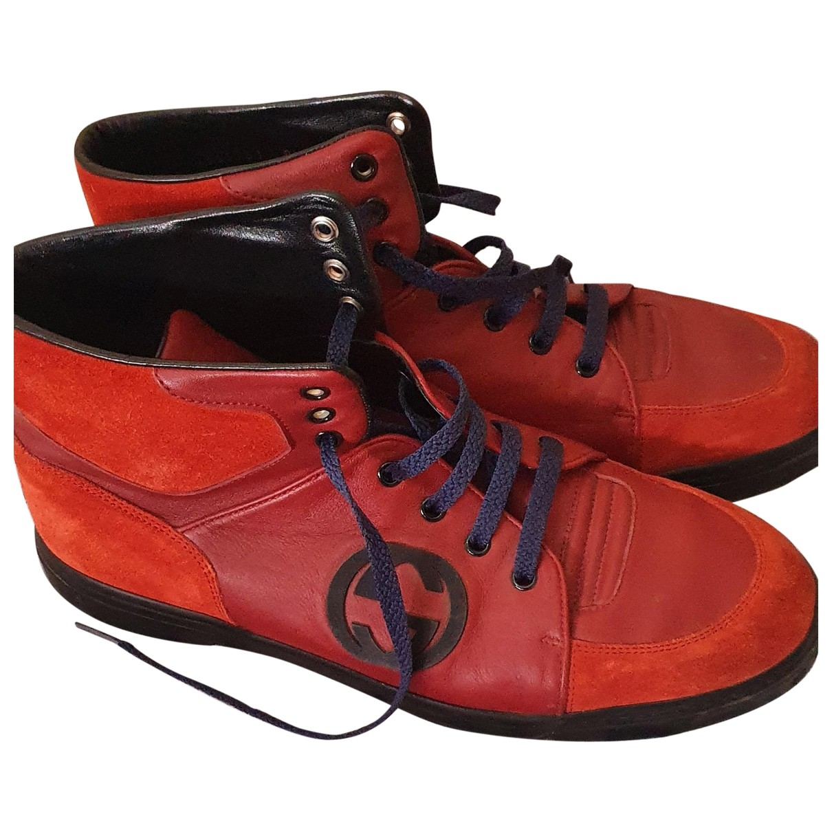 Gucci \N Sneakers in  Bordeauxrot Leder