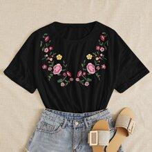 T-Shirt mit Blumen Stickereien und rundem Kragen