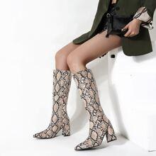 Stiefel mit Schlangenleder Muster und Reissverschluss