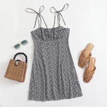 Kleid mit Band auf Schulter, Ruesche und Bluemchen Muster