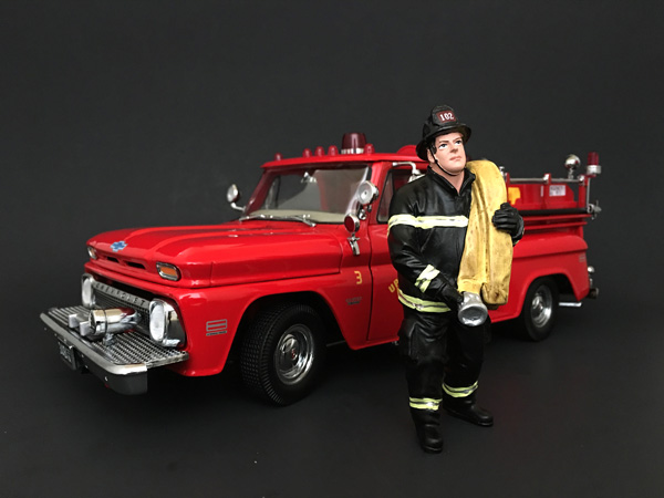 Firefighter Job Done Figurine / Figure For 118 Models by American Diorama