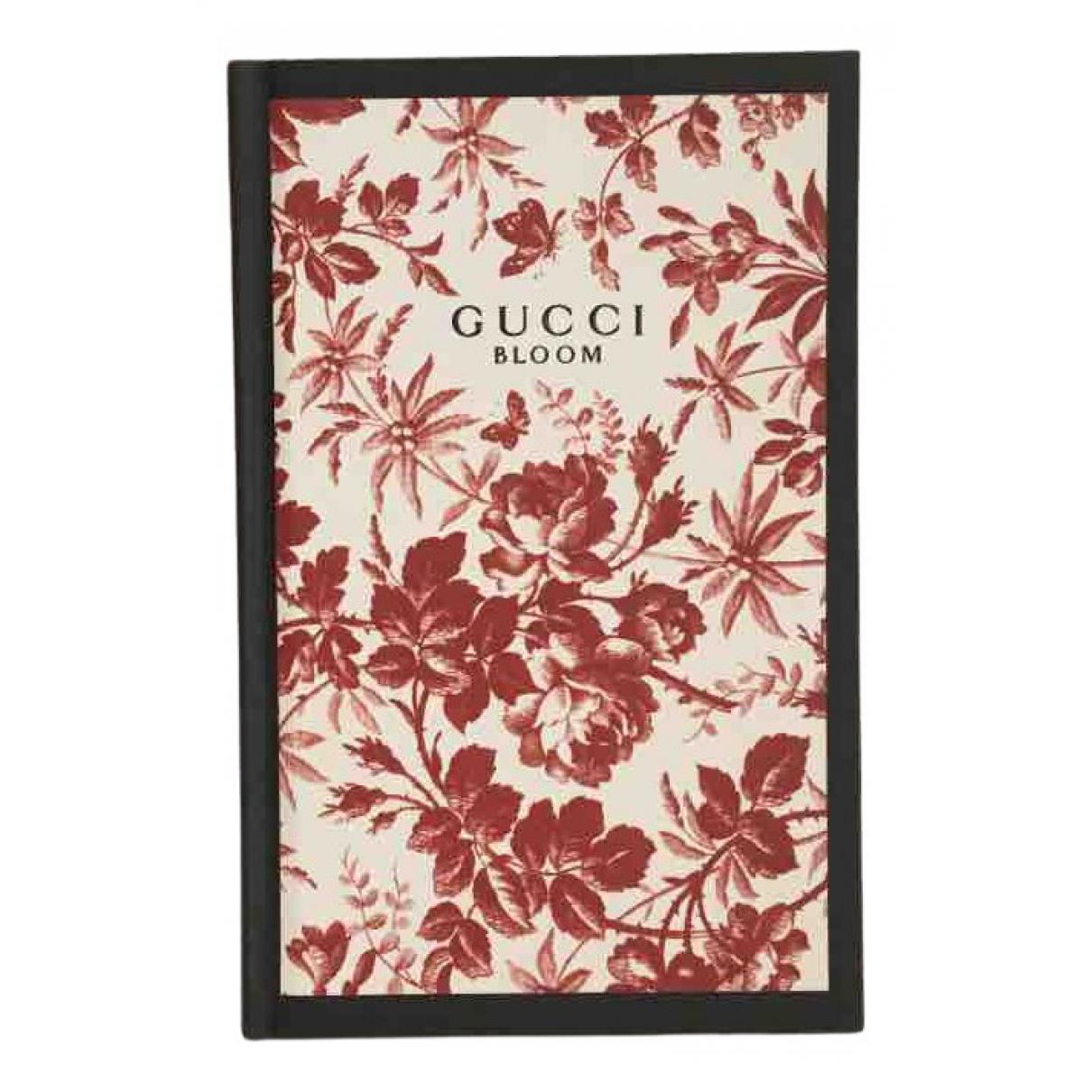 Gucci \N Accessoires und Dekoration in  Rot Baumwolle