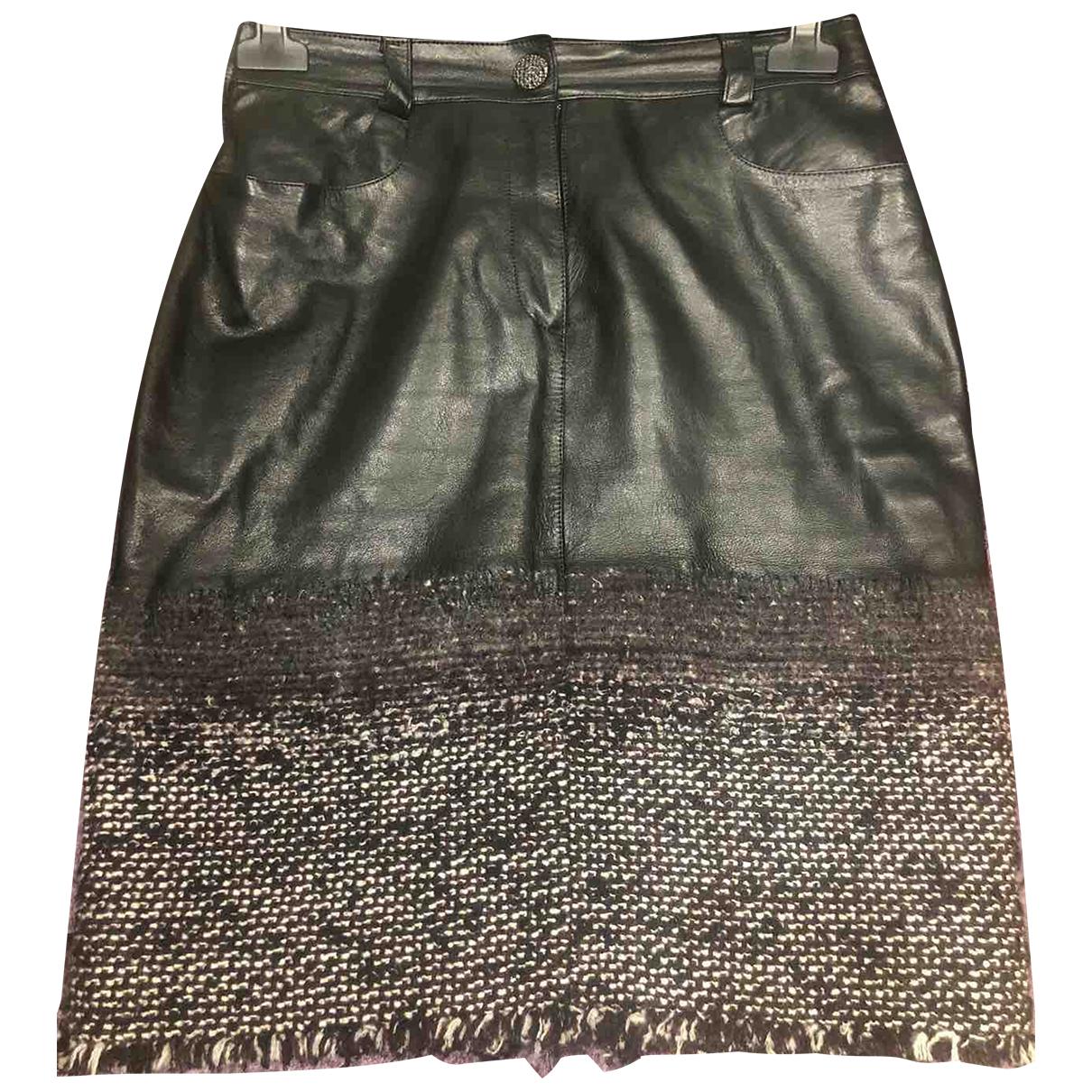 Chanel N Black Leather skirt for Women 36 FR