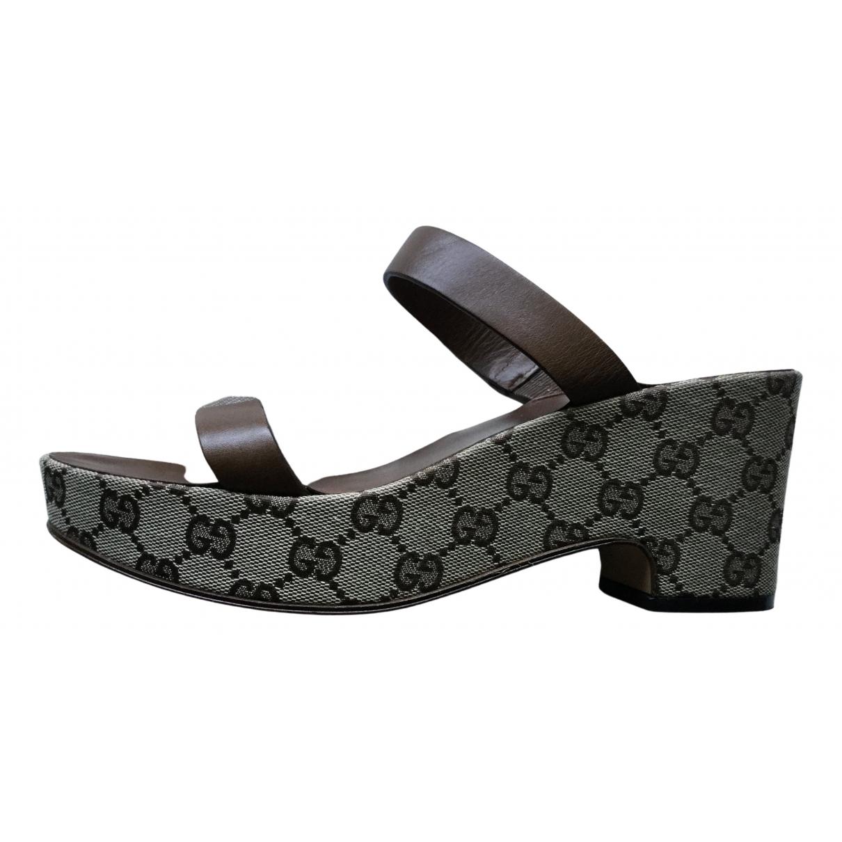 Gucci \N Brown Cloth Heels for Women 38.5 EU