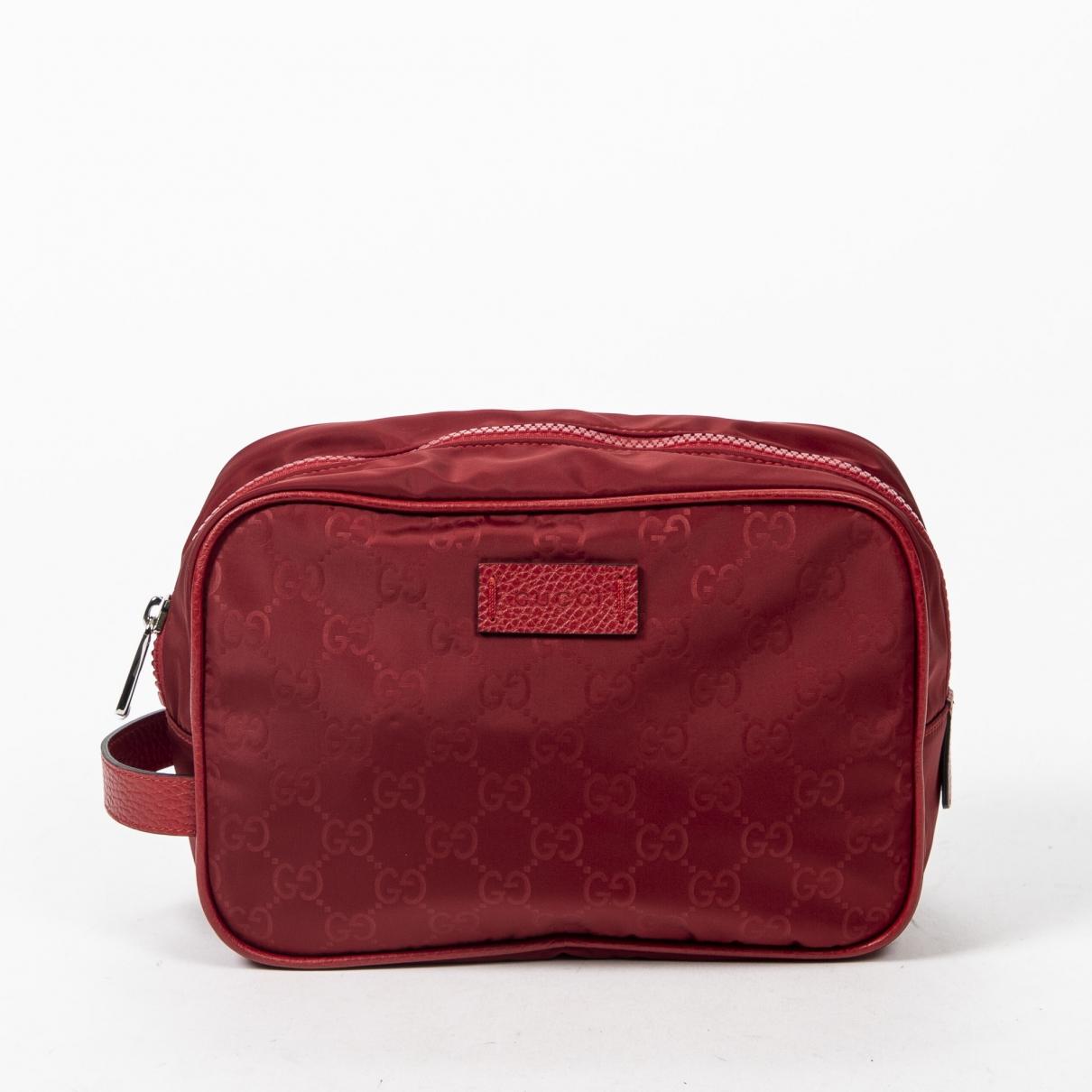 Gucci \N Clutch in  Rot Leder