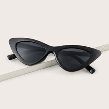 Men Cat Eye Design Sunglasses