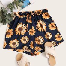 Shorts mit Sonnenblumen Muster, Band vorn und breitem Beinschnitt