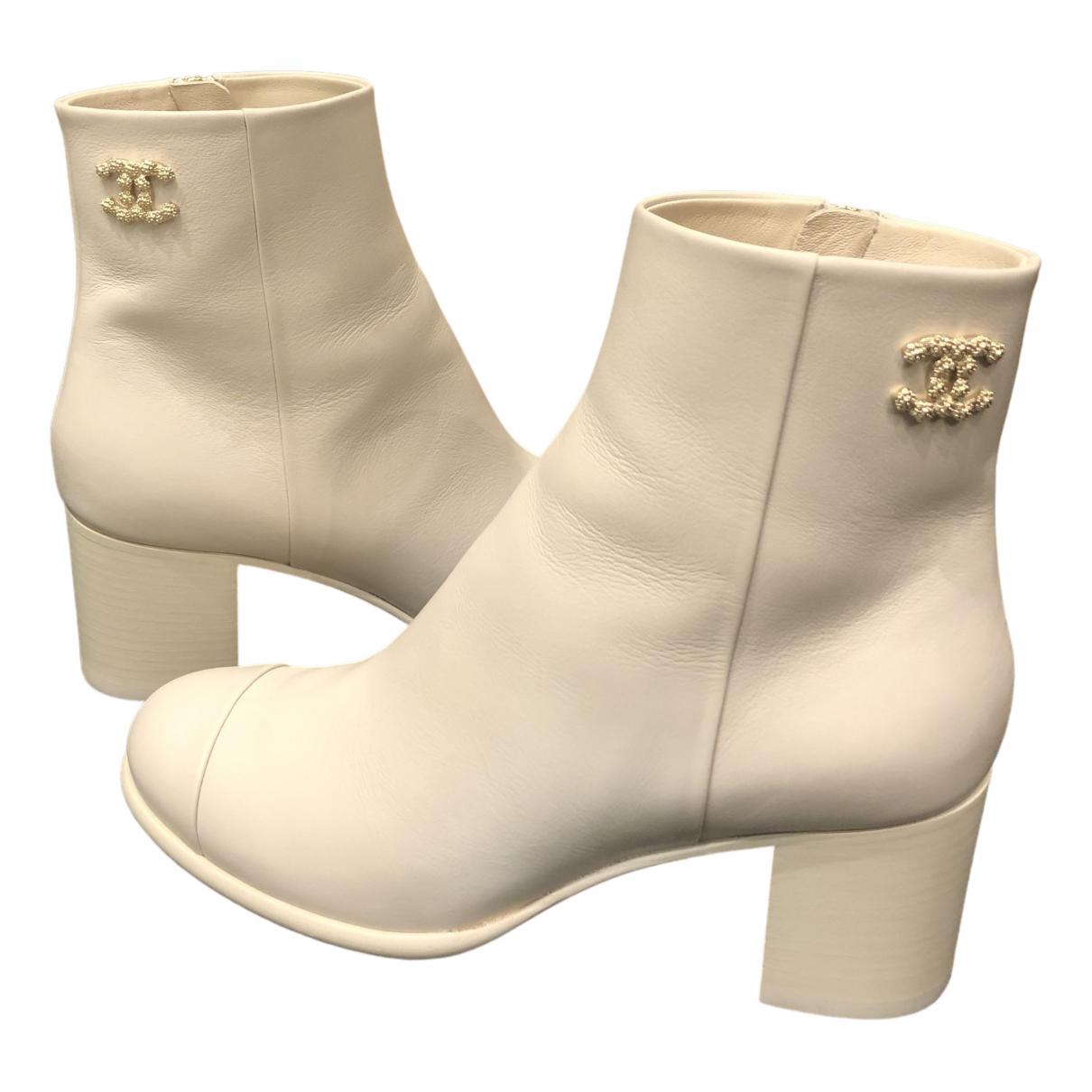 Chanel - Boots   pour femme en cuir - blanc