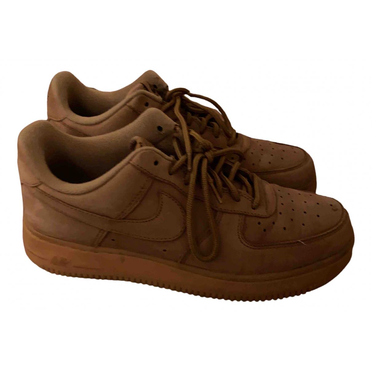 Nike - Baskets Air Force 1 pour homme en caoutchouc - camel