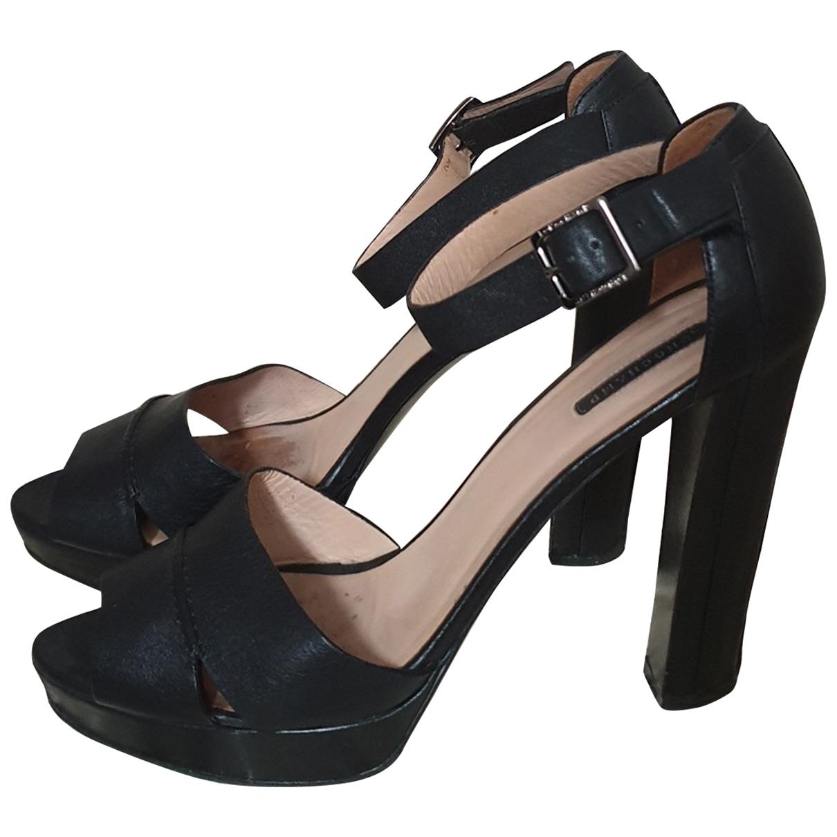 Longchamp \N Black Leather Sandals for Women 40 EU