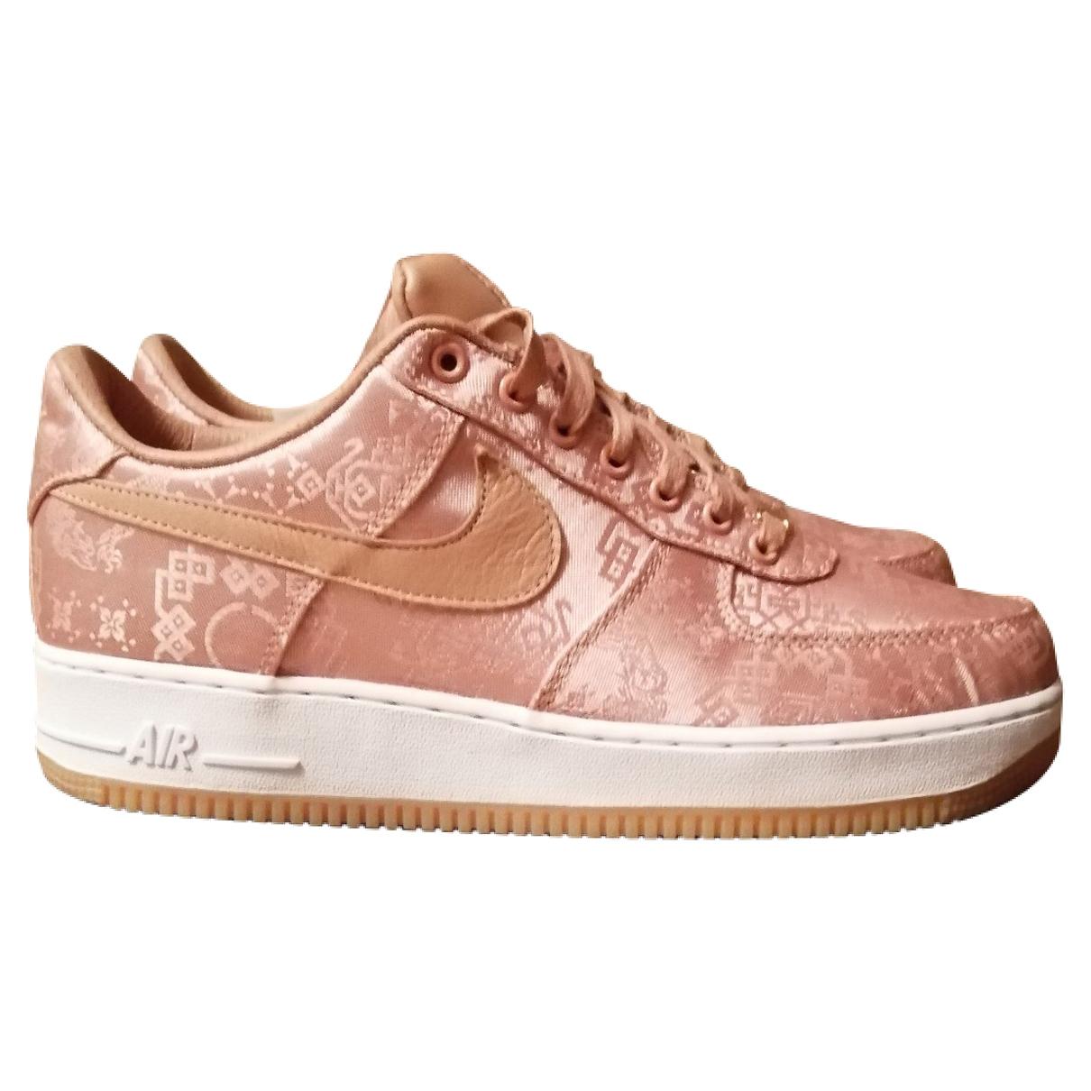 Nike - Baskets Air Force 1 pour homme en toile - rose