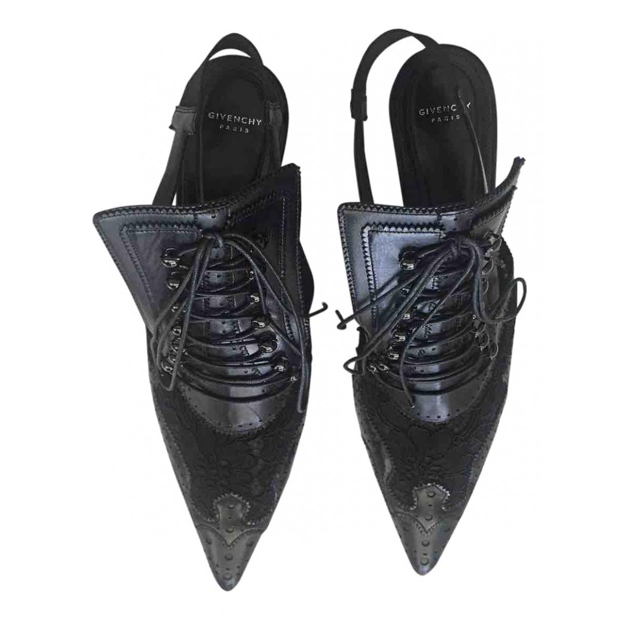 Tacones de Cuero Givenchy