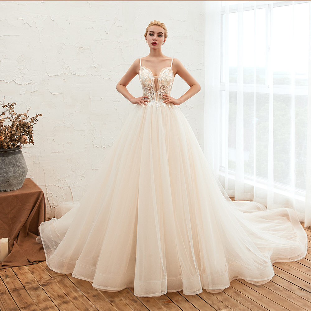 BMbridal Elegant Spaghetti-Starps Tulle Wedding Dress With Appliques