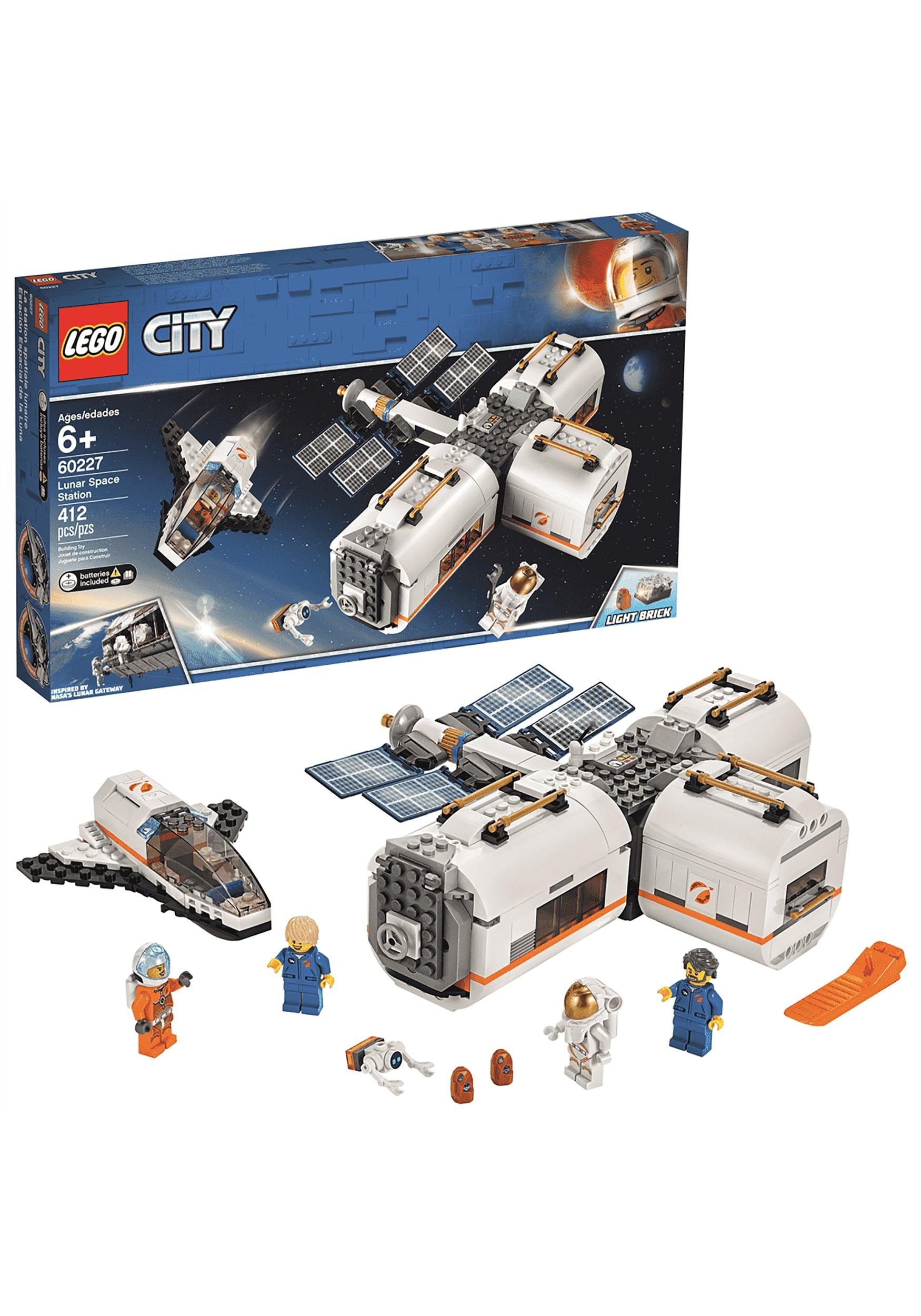 LEGO City Set - Lunar Space Station