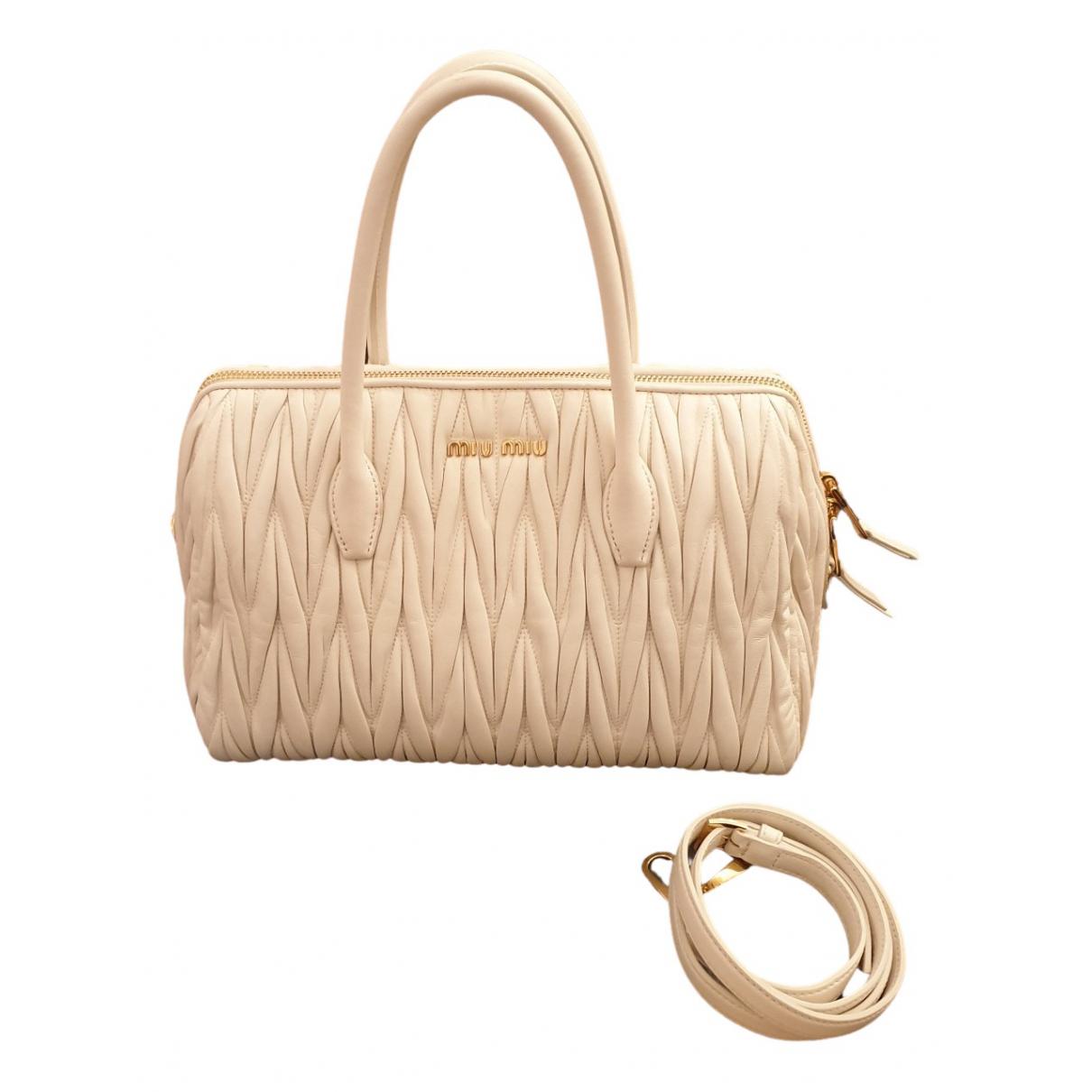 Miu Miu \N Handtasche in  Weiss Leder