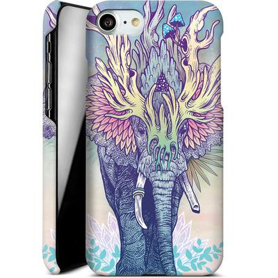 Apple iPhone 7 Smartphone Huelle - Spirit Elephant  von Mat Miller