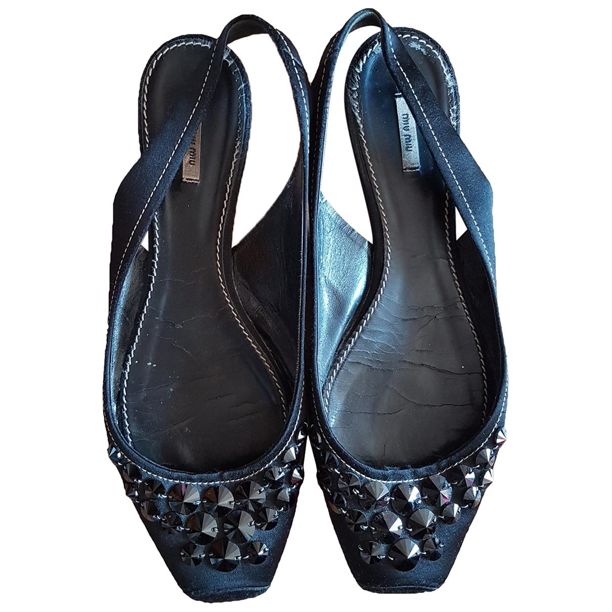 Miu Miu \N Black Leather Ballet flats for Women 39 EU