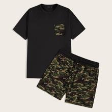Maenner T-Shirt mit Tasche Flicken und Shorts Set mit Kordelzug um die Taille