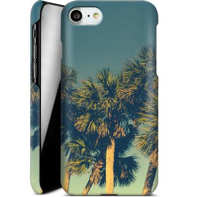Apple iPhone 8 Smartphone Huelle - Sea Palms von Joy StClaire