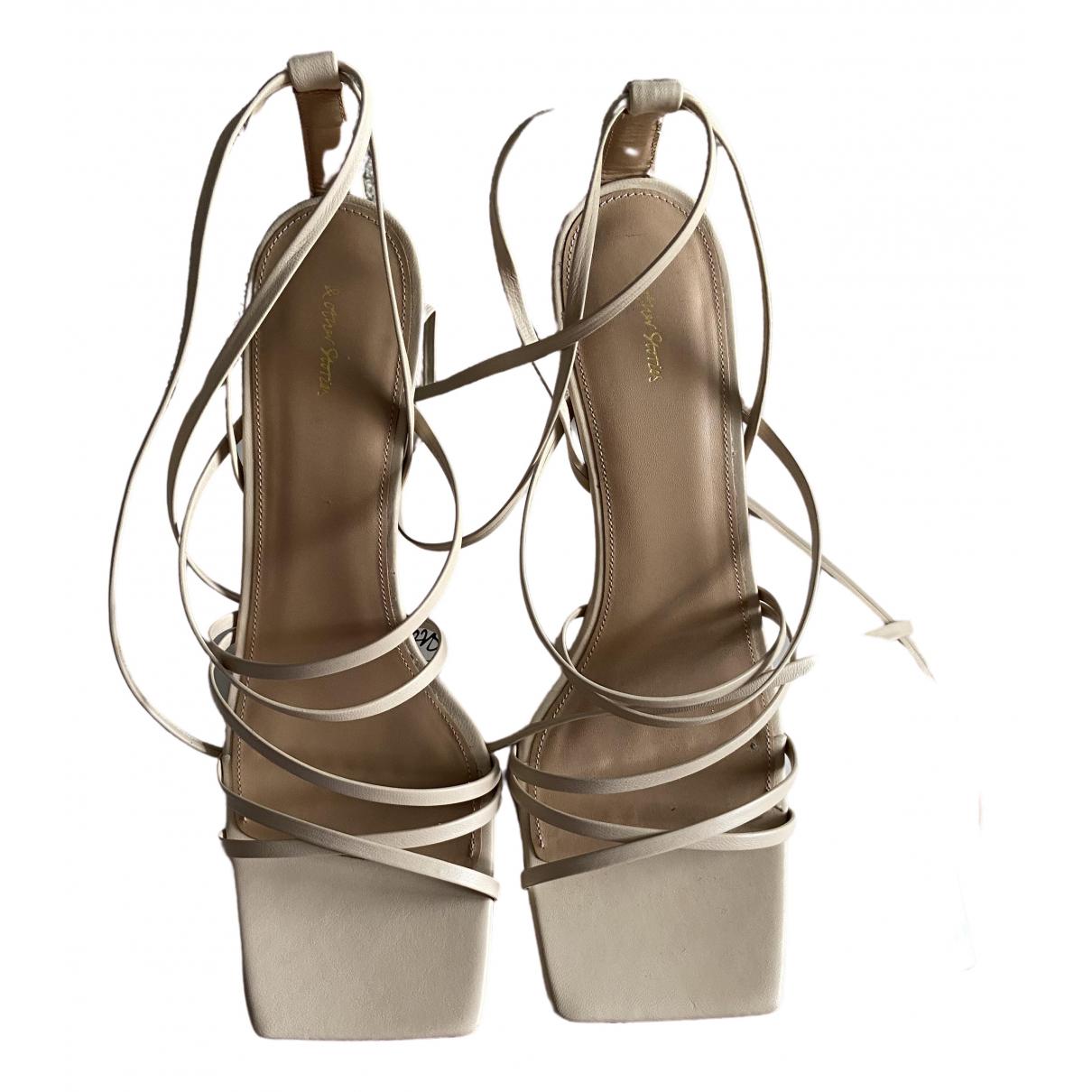 & Other Stories - Sandales   pour femme en cuir - beige