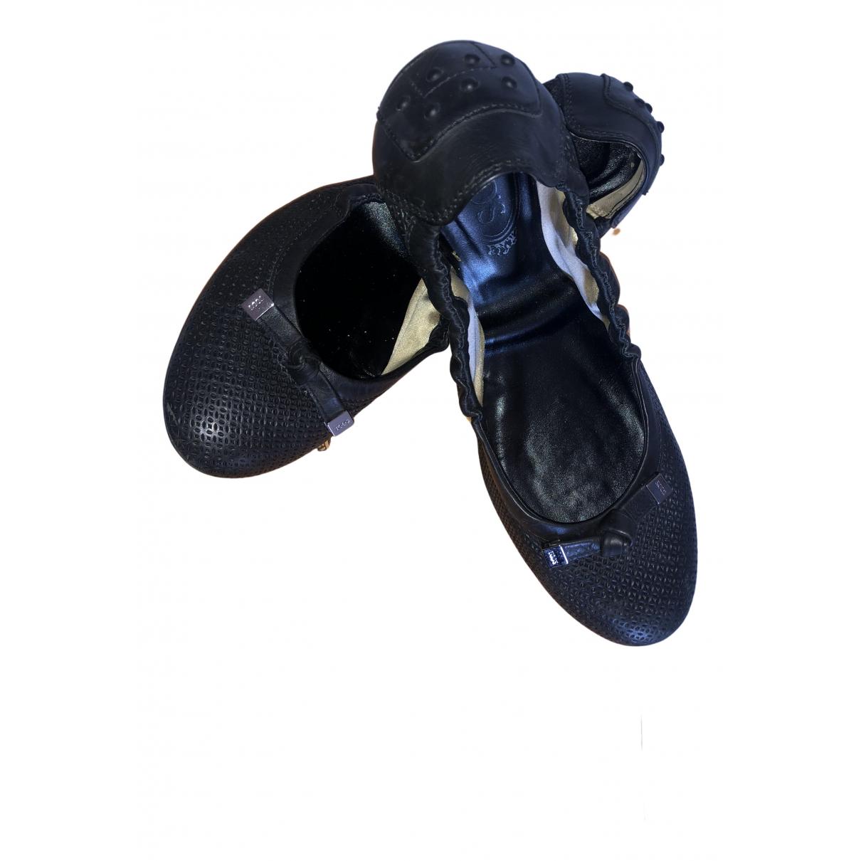 Tods \N Ballerinas in  Schwarz Leder