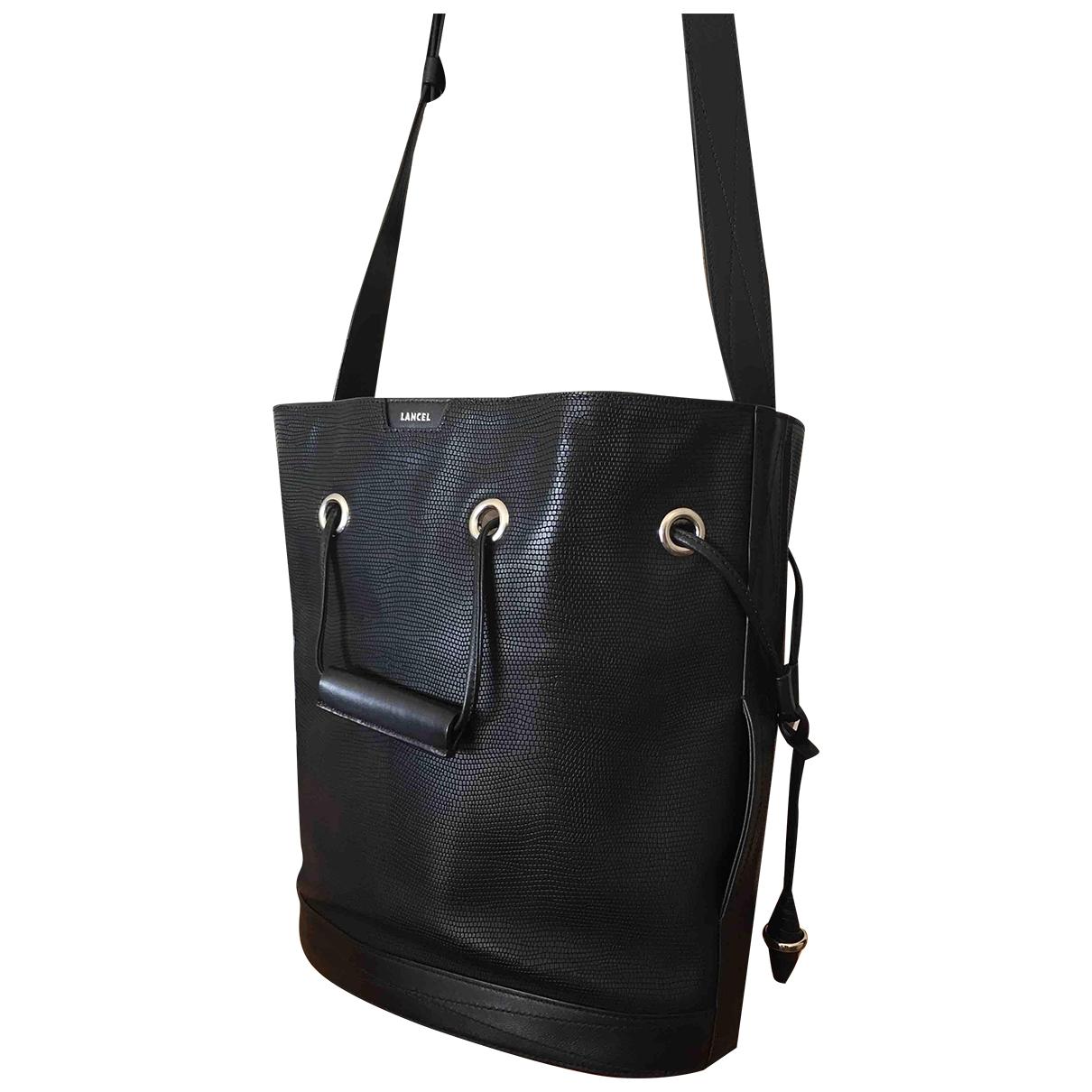 Lancel Huit Handtasche in  Schwarz Leder
