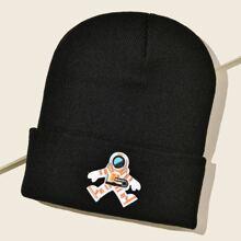 Muetze mit Astronaut Stickereien