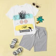 T-Shirt mit Karikatur und Buchstaben Grafik & Shorts mit Kordelzug um die Taille Set