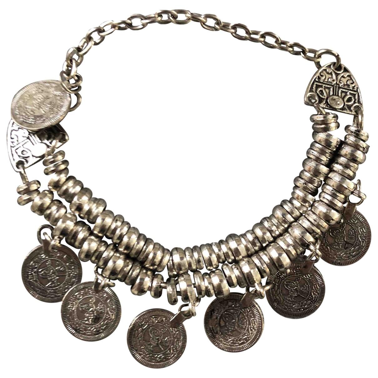 Non Signé / Unsigned Motifs Ethniques Silver Metal bracelet for Women \N