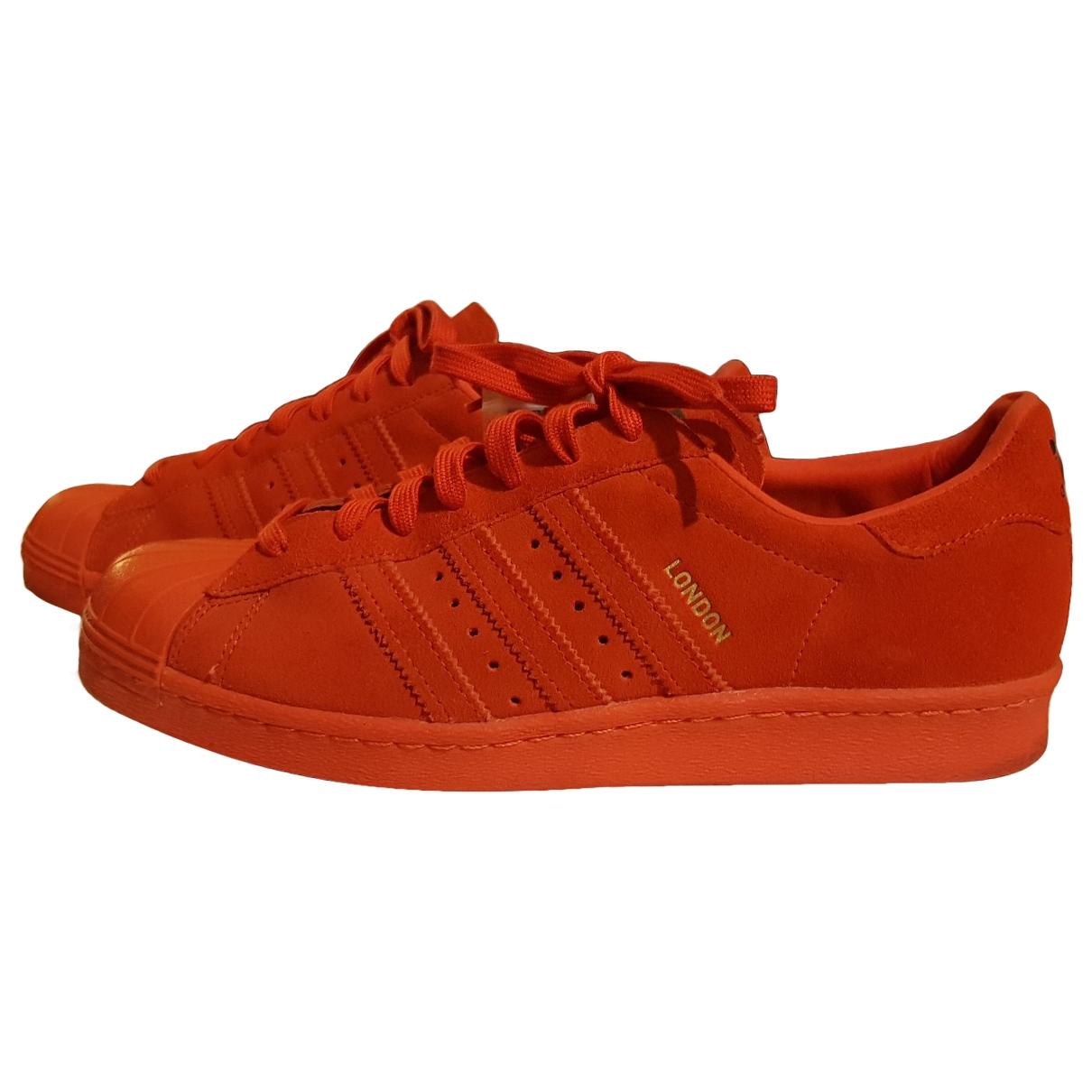 Adidas - Baskets Superstar pour homme en cuir - rouge