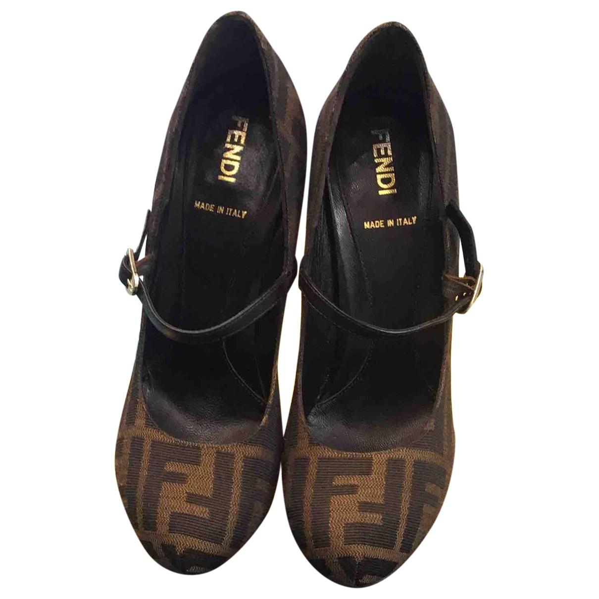 Fendi N Brown Cloth Heels for Women 35 EU