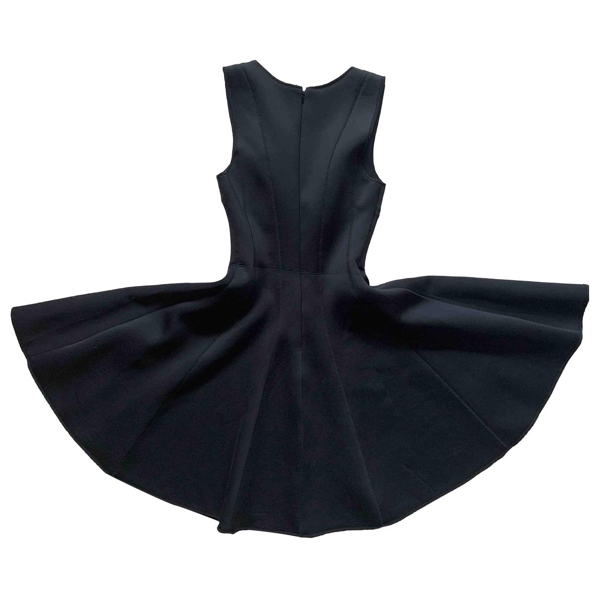 Club Monaco \N Kleid in  Schwarz Polyester