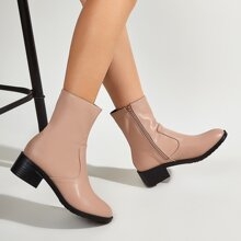 Minimalistische Stiefel mit Reissverschluss und Block Absatz