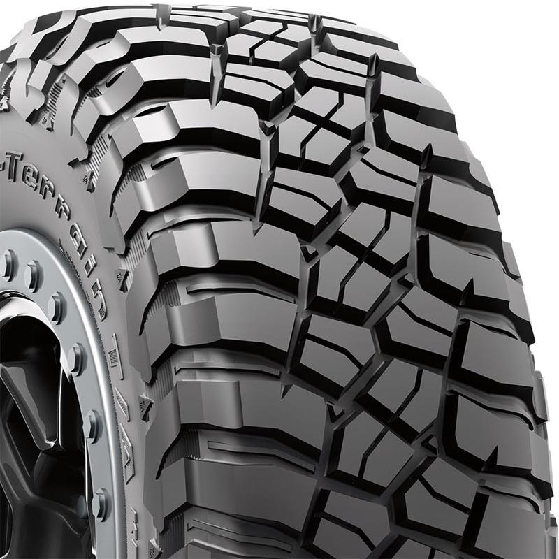 BFGoodrich 87490 Mud Terrain T/A KM3 Tire LT305/60 R18 121Q E2 RBL