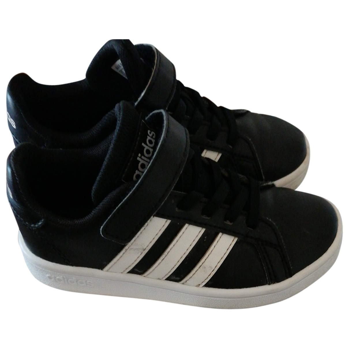 Adidas \N Black Leather Trainers for Kids 28 EU