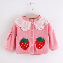 Jacke mit Erdbeere Stickereien und Peter Pan Kragen