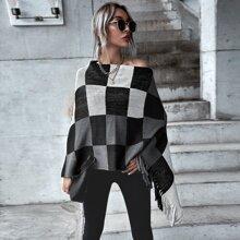 Poncho Pullover mit Argyle Muster und Fransen