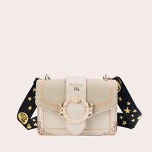 Tasche mit Stich Detail und Riemen mit Stern Muster