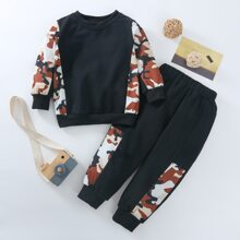 Sweatshirt und Jogginghose mit Kontrast Camo Muster
