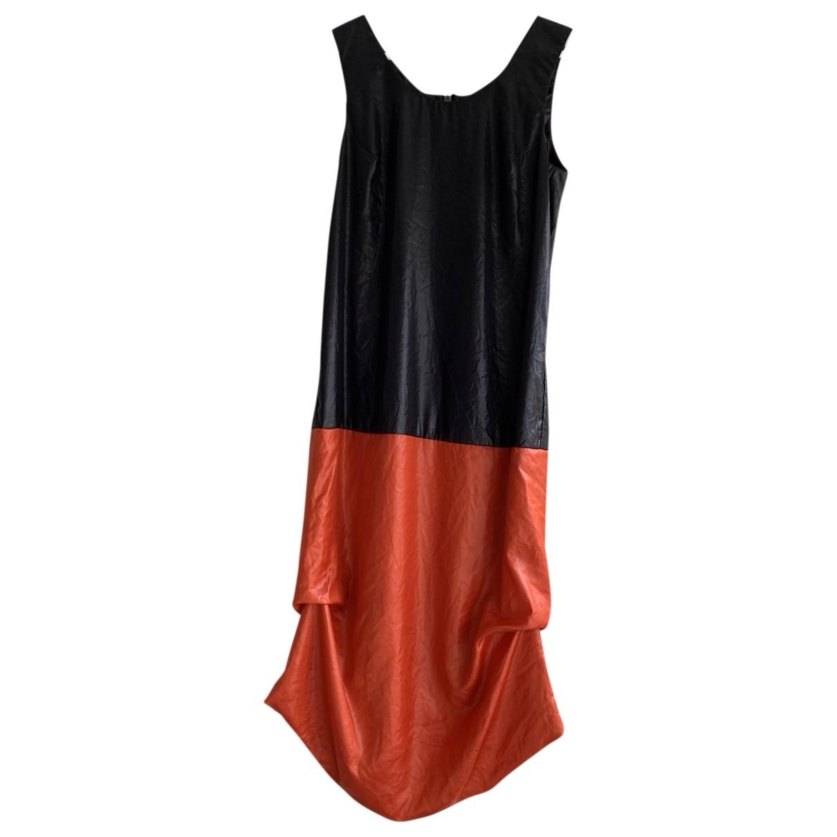 Mcq \N Black dress for Women 40 IT