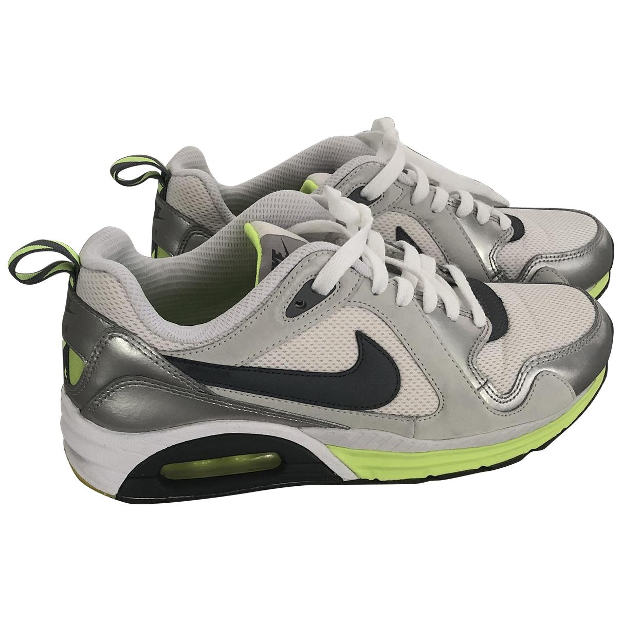 Nike \N White Cloth Trainers for Women 40 EU